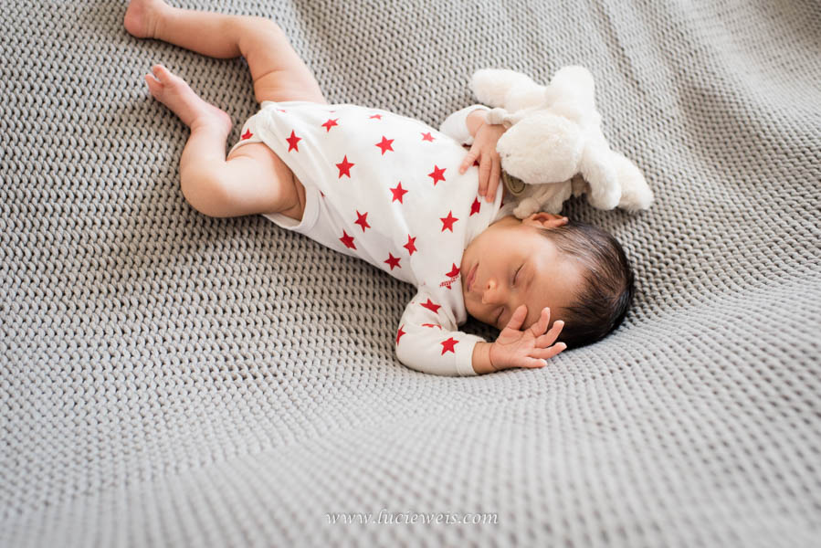 Séance photographie bébé garçon en Bretagne