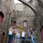 shooting-photo-EVJF-au-coeur-des-remparts-de-saint-malo